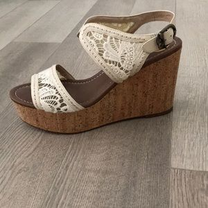 House of Harlow Lace Wedge